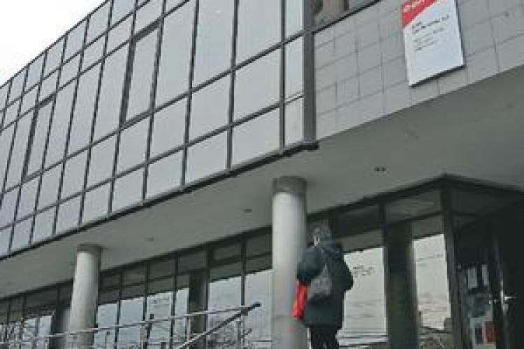 Cozi si scandal la E ON Gaz Cluj