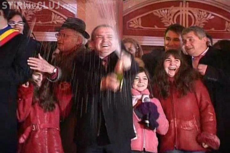 """""""Cele rele sa se spele, cele bune sa se adune"""", le-a urat premierul Emil Boc clujenilor de Revelion-VIDEO"""