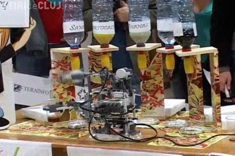 18 roboti creati de studenti de la UBB Cluj, pot sa va ajute sa va vopsiti casa, sa taiati lemne sau sa faceti un cockteil- Vezi VIDEO