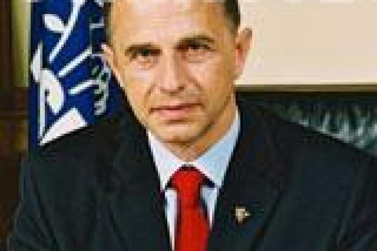 Basescu e presedinte, Geoana s-a resemnat