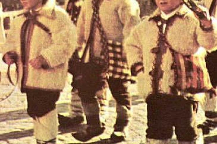 Badita Traian, Antonescu si cu Geoana - personaje de Plugusor-VIDEO