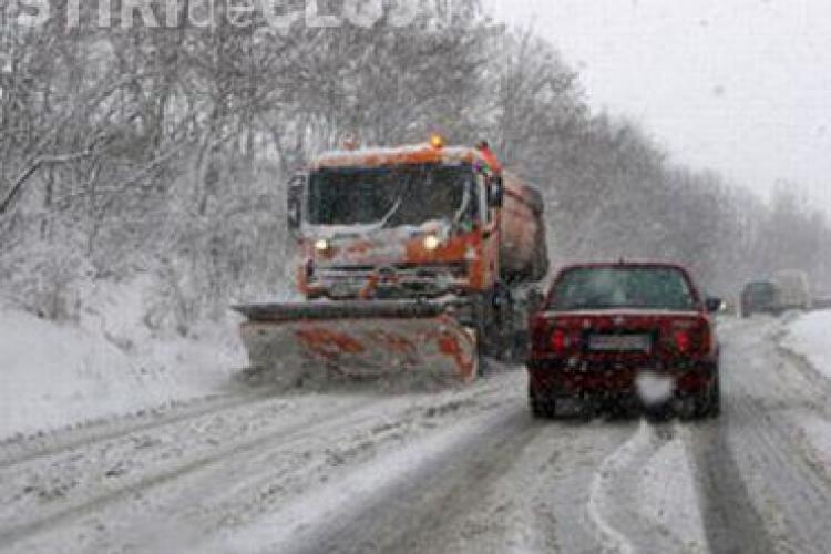 Avertizare - Drumarii anunta ca va ninge puternic in tot judetul pana joi