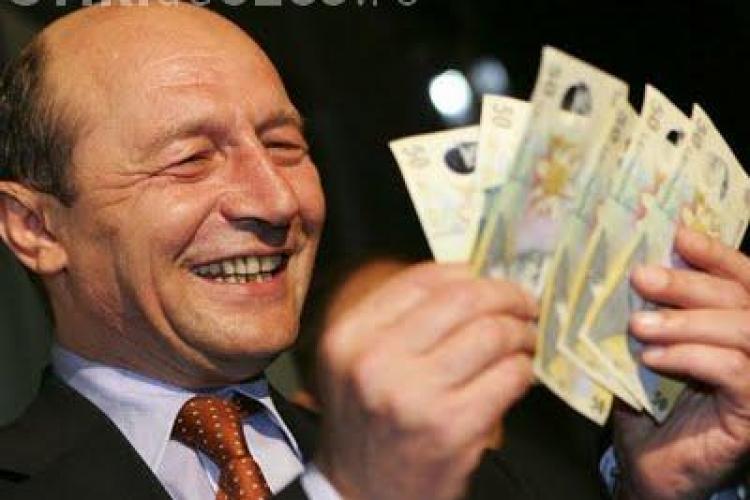Basescu a castigat anul trecut 80 mii de lei, cu aproximativ 3300 mai mult decat in 2008- doar din salariu