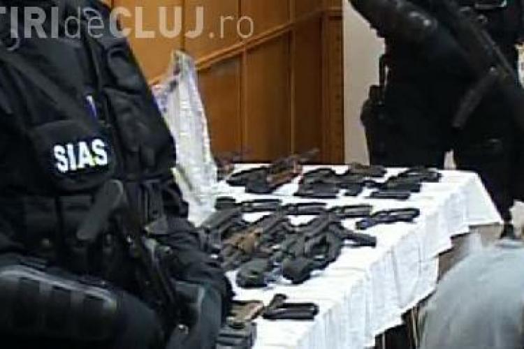 DIICOT a dat publicitatii filmul retinerii suspectilor in cazul furtului de arme de la Ciorogarla - VIDEO