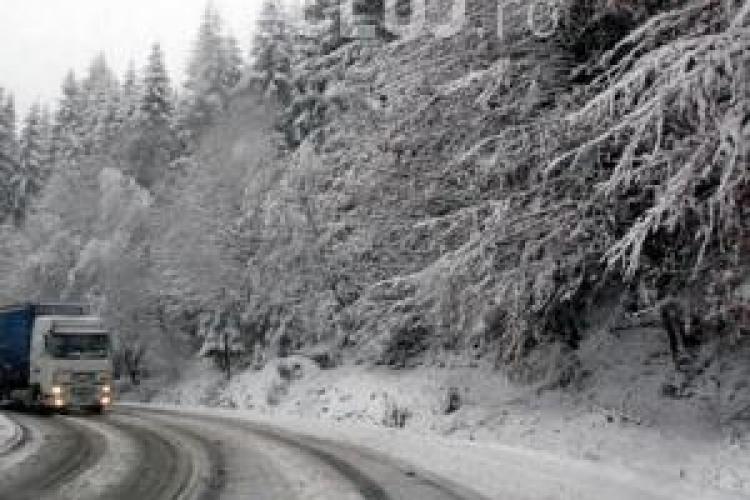 Situatia drumurilor in Cluj: se circula in conditii de iarna, se intervine cu utilaje pe 80 de drumuri