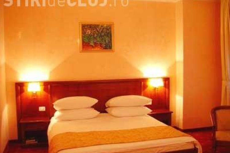 Incheiati Valentine's Day in dormitor la Hotel Opera Plaza! Concurs organizat de PSD Cluj maine seara