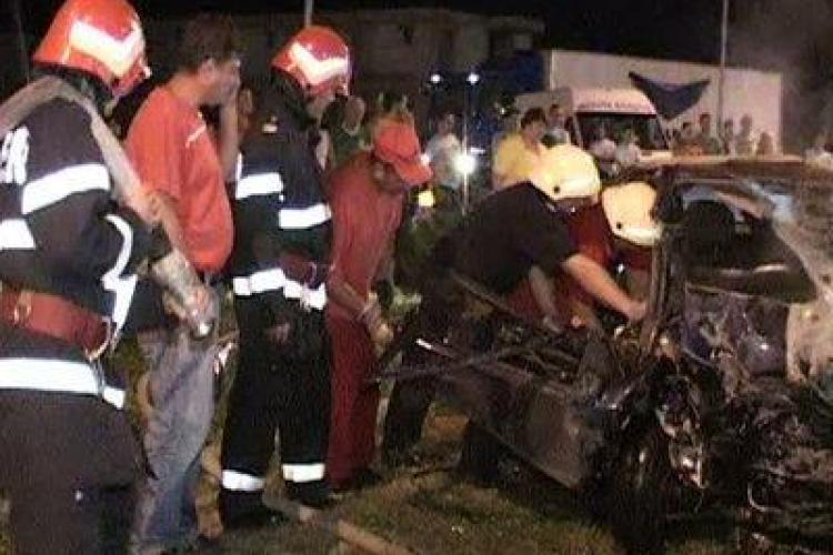 Cluj - Accident cu un mort si opt masini distruse in Manastur, la intersectia Taberei cu Calea Floresti- VIDEO