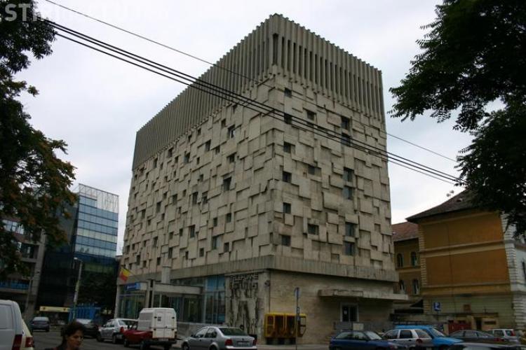 Pichetare la sediul Romtelecom Cluj, dupa ce a fost anuntat un val de 600 de disponibilizari la nivel national