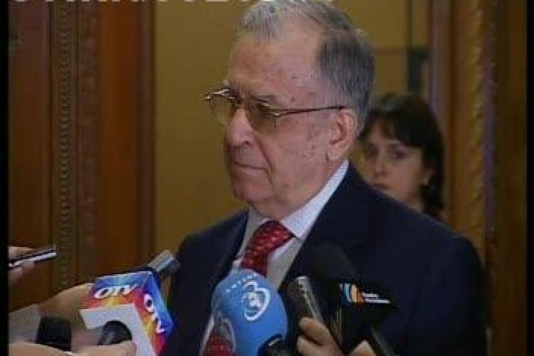 Ion Iliescu se retrage din toate functiile pe care le detine in PSD