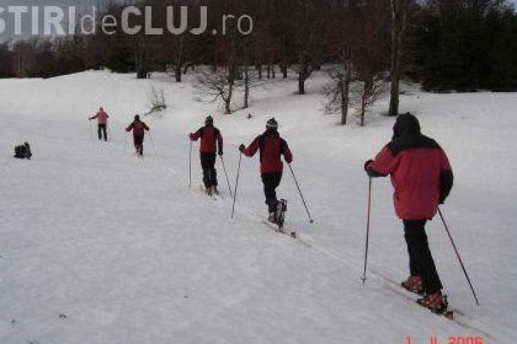 Ploaia amana concursul de schi al Salvamont Cluj de la Cojocna