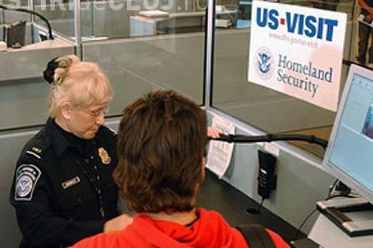 Romanii vor primi vize pentru SUA, doar daca economia va creste