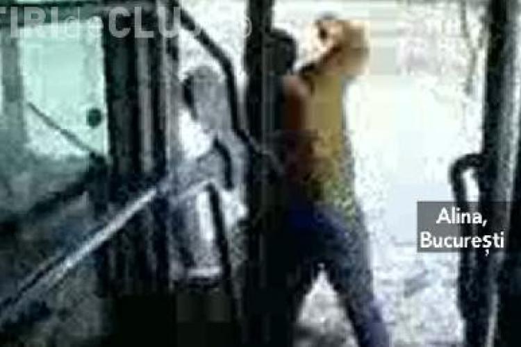 Socant! Un pasager a fost batut mar de soferul unui autobuz. Lupta a fost filmata de alti pasageri - VIDEO
