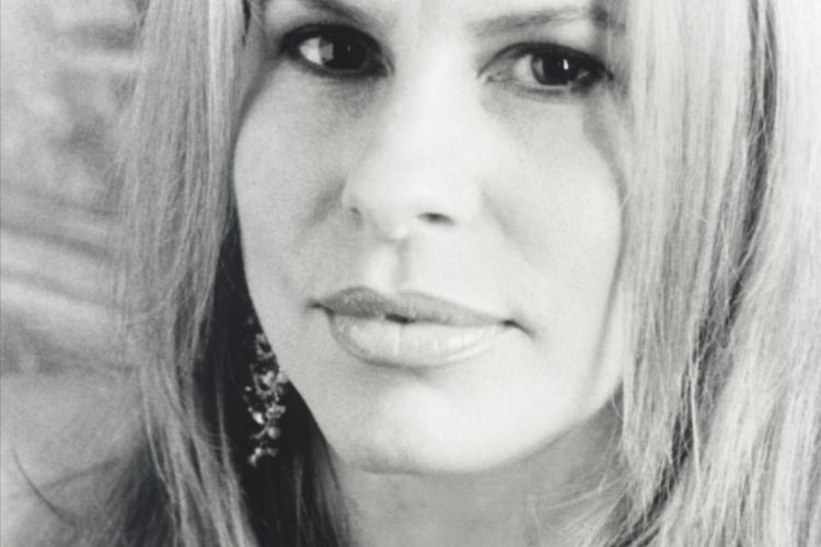 Vonda Shepard nu a umplut sala de concert la Cluj, dar a facut senzatie printre cei prezenti - VIDEO