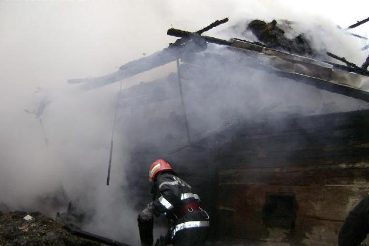 O casa a luat foc in Turda. Nu s-au inregistrat victime
