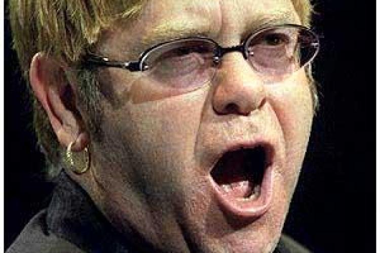 Sir Elton John: Iisus a fost homosexual