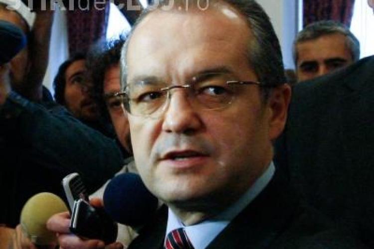 Emil Boc: Dreptul la alocatie e consfintit prin Constitutie, cuantumul nu