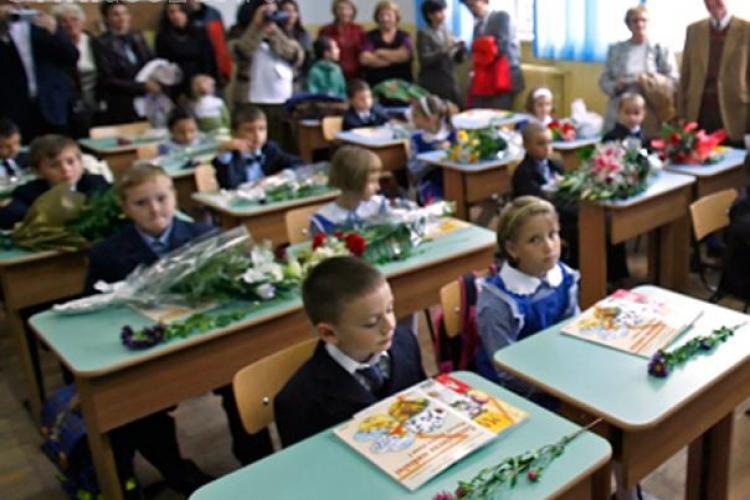 21 de scoli din Cluj vor fi comasate pana in septembrie