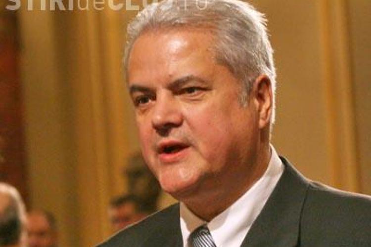 Adrian Nastase nu mai candideaza la conducerea PSD