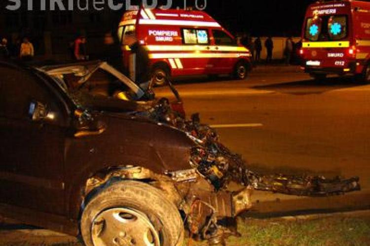 Un tanar baut, care a petrecut intr-un club din Cluj pana dupa miezul noptii, a produs un accident grav in Grigorescu