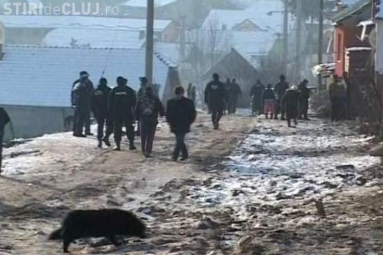 Scadalul din Suceagu a fost provocat de un clan de rromi din Floresti, care voiau sa razbune o fata batuta-FOTO
