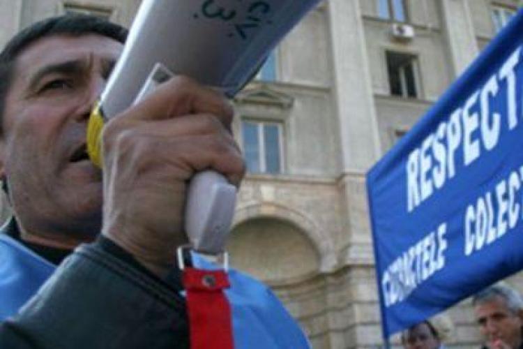 Functionarii pun maine lacat timp de doua ore pe primarie si Consiliul Judetean Cluj si intra in greva de avertisment