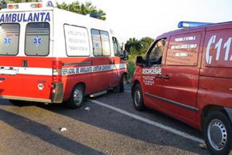 Accident grav, cu doi raniti, in apropiere de magazinul  Metro, la iesire din Cluj - Napoca spre Floresti