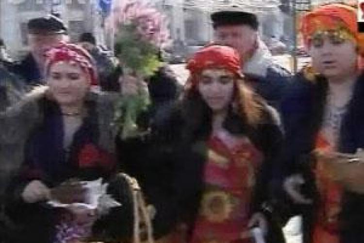 "Vrajitoarele au descantat Parlamentul cu ""apa pleznita"" din Somes - VIDEO"