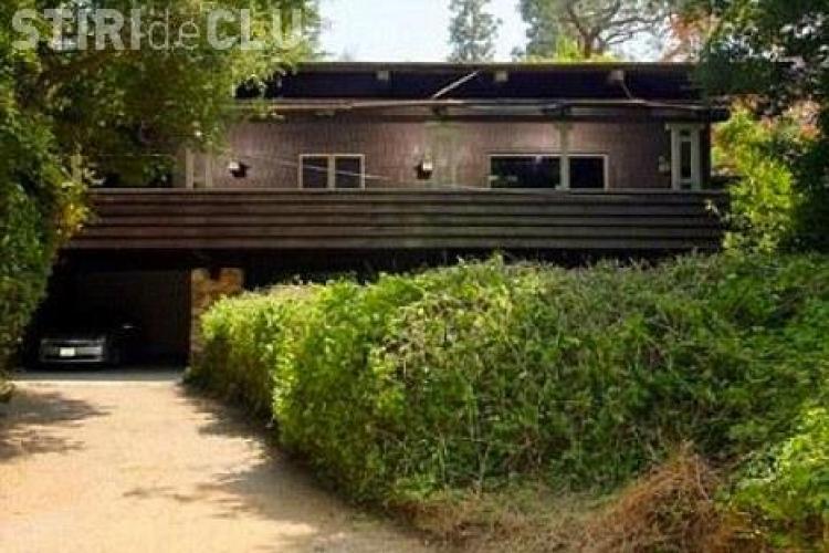 Brad Pitt si-a cumparat casa cu ... pestera - FOTO
