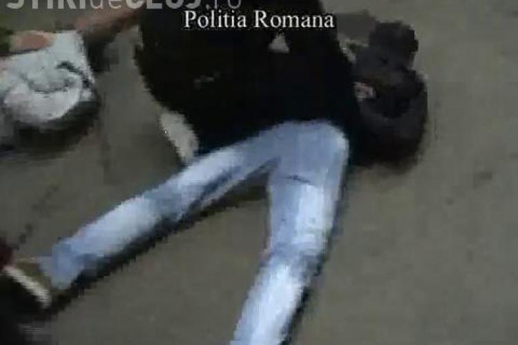 Doi traficanti de rubine au fost retinuti cu ajutorul politistilor din Cluj - VIDEO