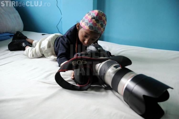 Cel mai mic om din lume are 65 de centimetri! Joi urmeaza sa intre oficial in Cartea Recordurilor - FOTO