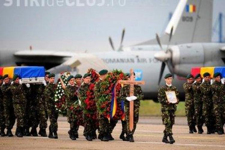 Militarii morti in Afganistan vor ajunge la Campia Turzii in aceasta noapte