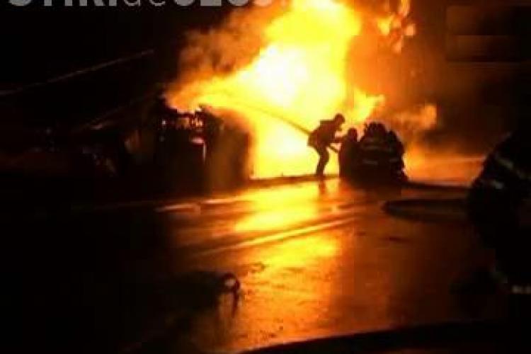 Un sofer a ars de viu in cisterna care a explodat la Vadu Moldovei - VIDEO