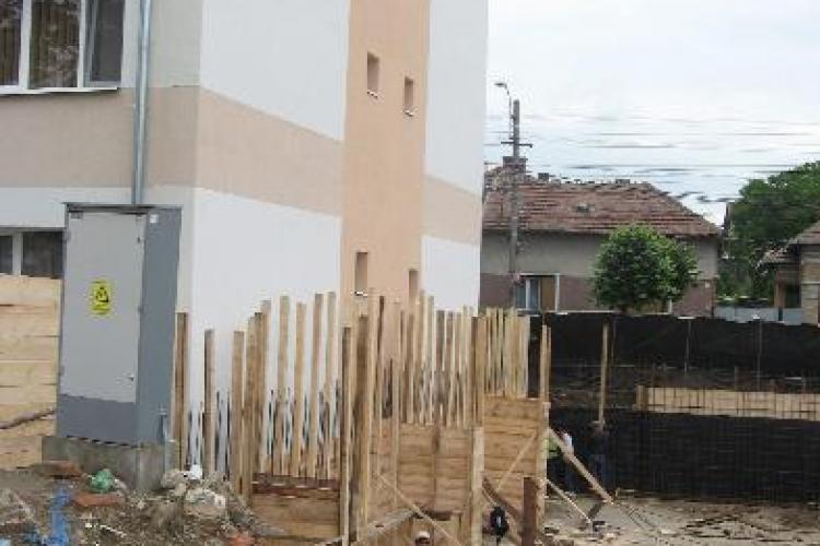 Sorin Apostu i-a cerut ajutor Elenei Udrea pentru demolarea constructiilor ilegale!
