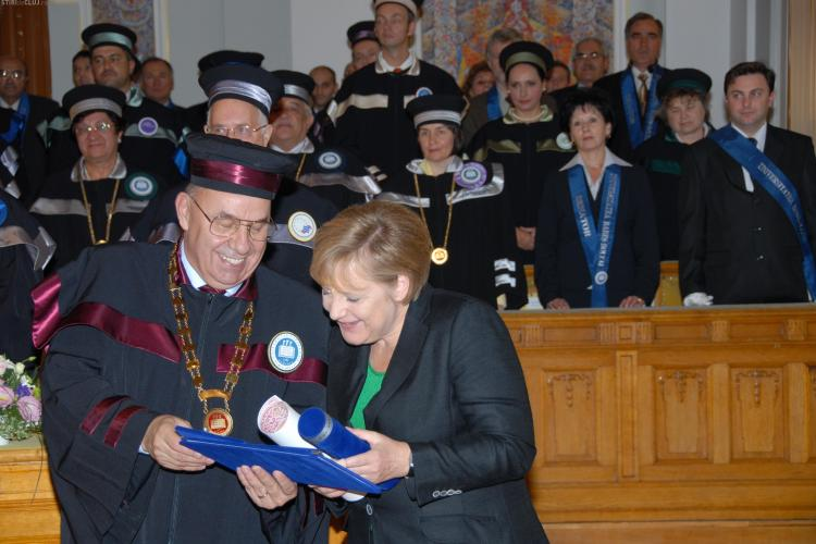 Angela Merkel a primit titlul de Doctor Honoris Causa al UBB - VIDEO