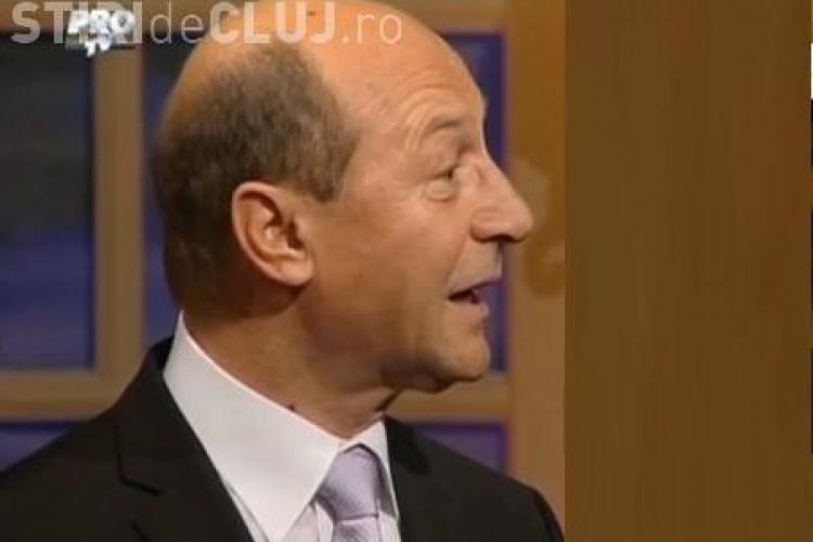 Traian Basescu era apropiat de mama lui, Elena. Seful statului i-a scris si o poezie - VIDEO