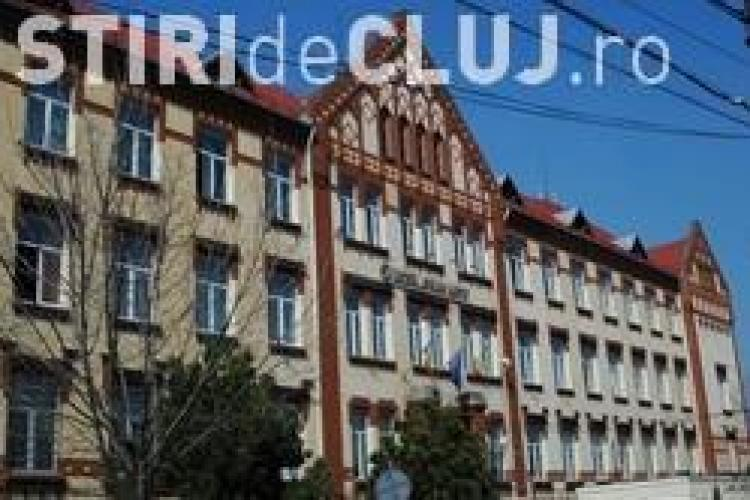 Liceul Avram Iancu a primit bani pentru centrala termica! Elevii se incalzesc cu calorifere eletrice