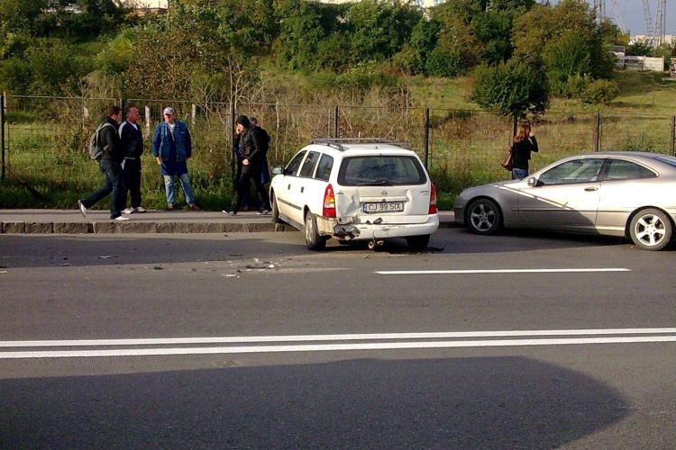 Accident in fata la Facultatea de Stiinte Economice Cluj