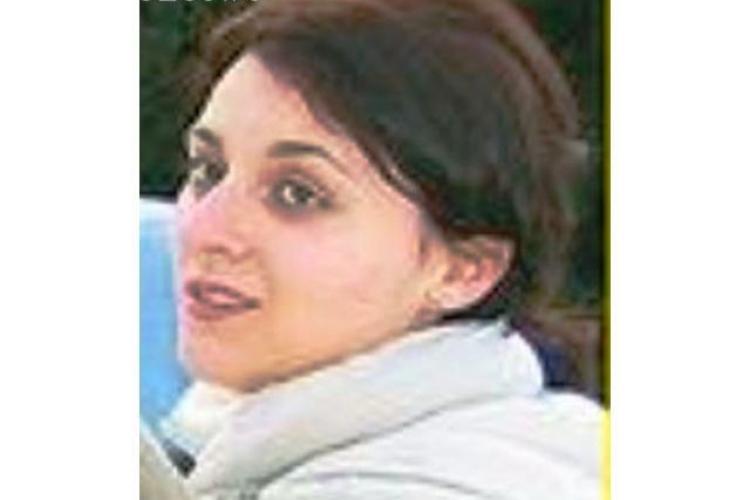 Nepoata lui Boc, Mihaela Boc, neaga ca e ruda cu premierul! Tanara a fost victima unei farse la radio Zu - VIDEO