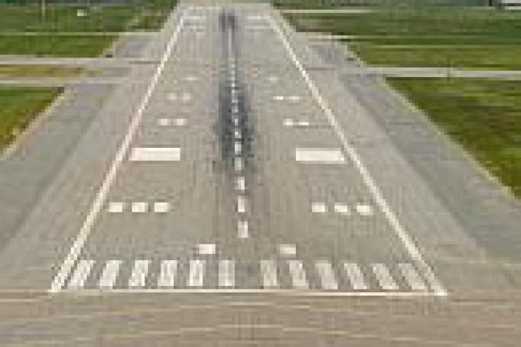 Romstrade va construi pista de 3.500 de metri de la Aeroportul Cluj pentru suma de 113,6 milioane de euro