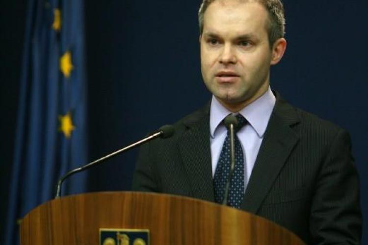 Ministrul Educatiei, Daniel Funeriu, are doar 11 clase, potrivit Legii invatamantului din Romania