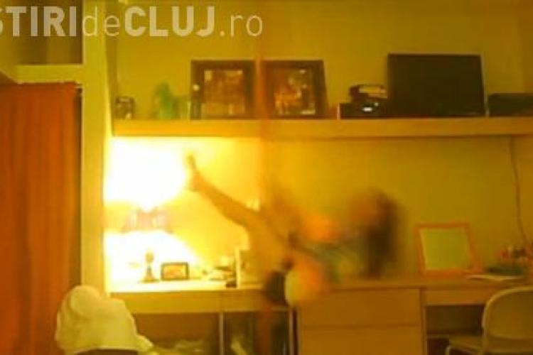 Striptease -ul nu e pentru toti! O tanara experimenteaza asta pe propria piele! - VIDEO