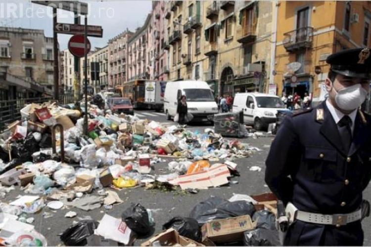 Clujul duce gunoaiele în alt județ, pe DN1 E60, cu camioanele, pentru că autoritățile BÂJBÂIE. Să nu ajungem ca la Napoli
