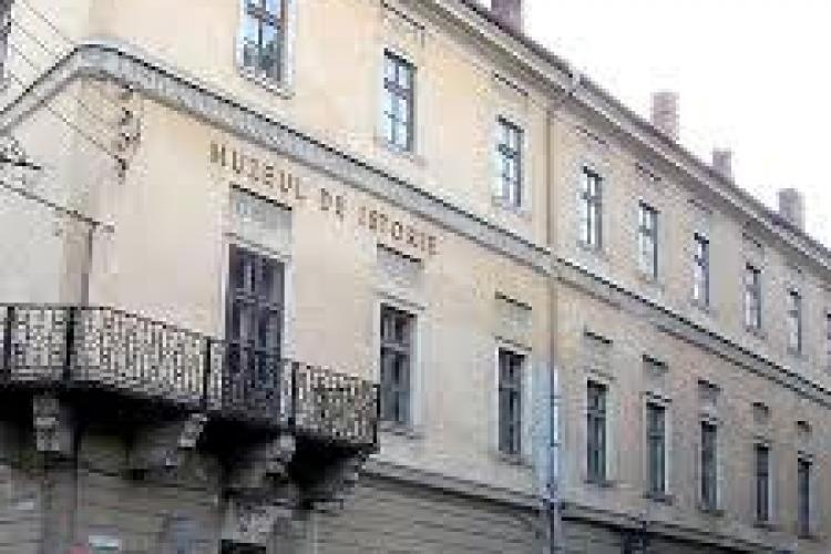 Percheziții la două muzee din Cluj și Bistriția. Este vizat traficul de patrimoniu