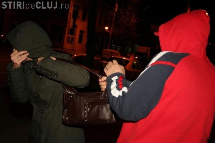 Tâlhar prins în timp RECORD într-un autobuz din Cluj-Napoca. A tâlhărit o femeie