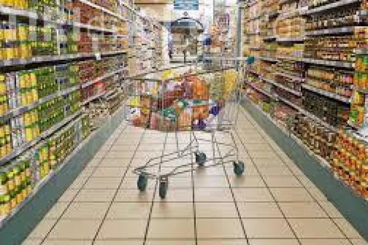 Preţurile au crescut la loc după reducerea TVA. Ce justificări au hipermarketurile
