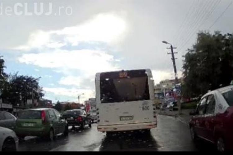 BIZON în trafic la Cluj! Cum se fofilează un taximetrist în Zorilor - VIDEO