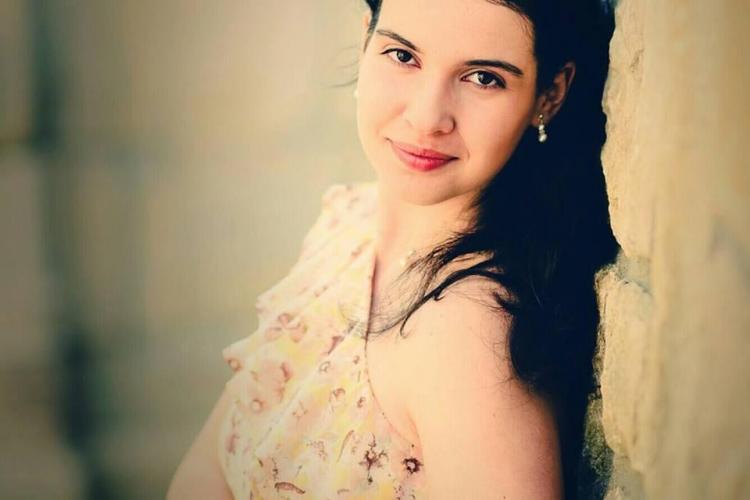 Cine este eleva din Cluj care a obținut ZECE la BAC. De ce laudă școala românească - FOTO
