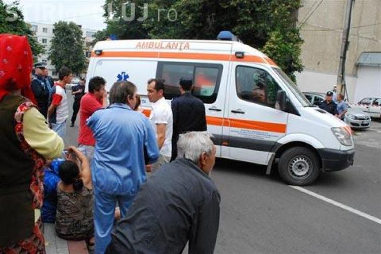 Accident mortal în Turda! O fetiță a fost spulberată de o mașină. Rudele au sărit la gâtul șoferului