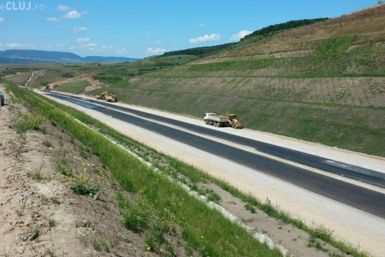 Lucrările la Autostrada  Gilău-Nădășel sunt în toi. Începe asfaltarea FOTO