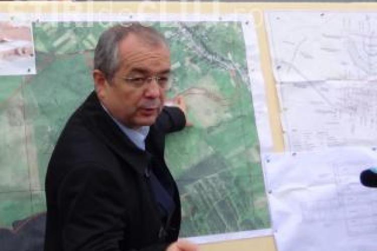 Primăria a început lucrările la drumul către cartierul Lomb. Va fi afectată și strada Oașului